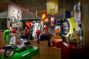 Tinker imagineers ontwerpt tentoonstelling 'Restless Youth: Growing up in Europe, 1945 to now'