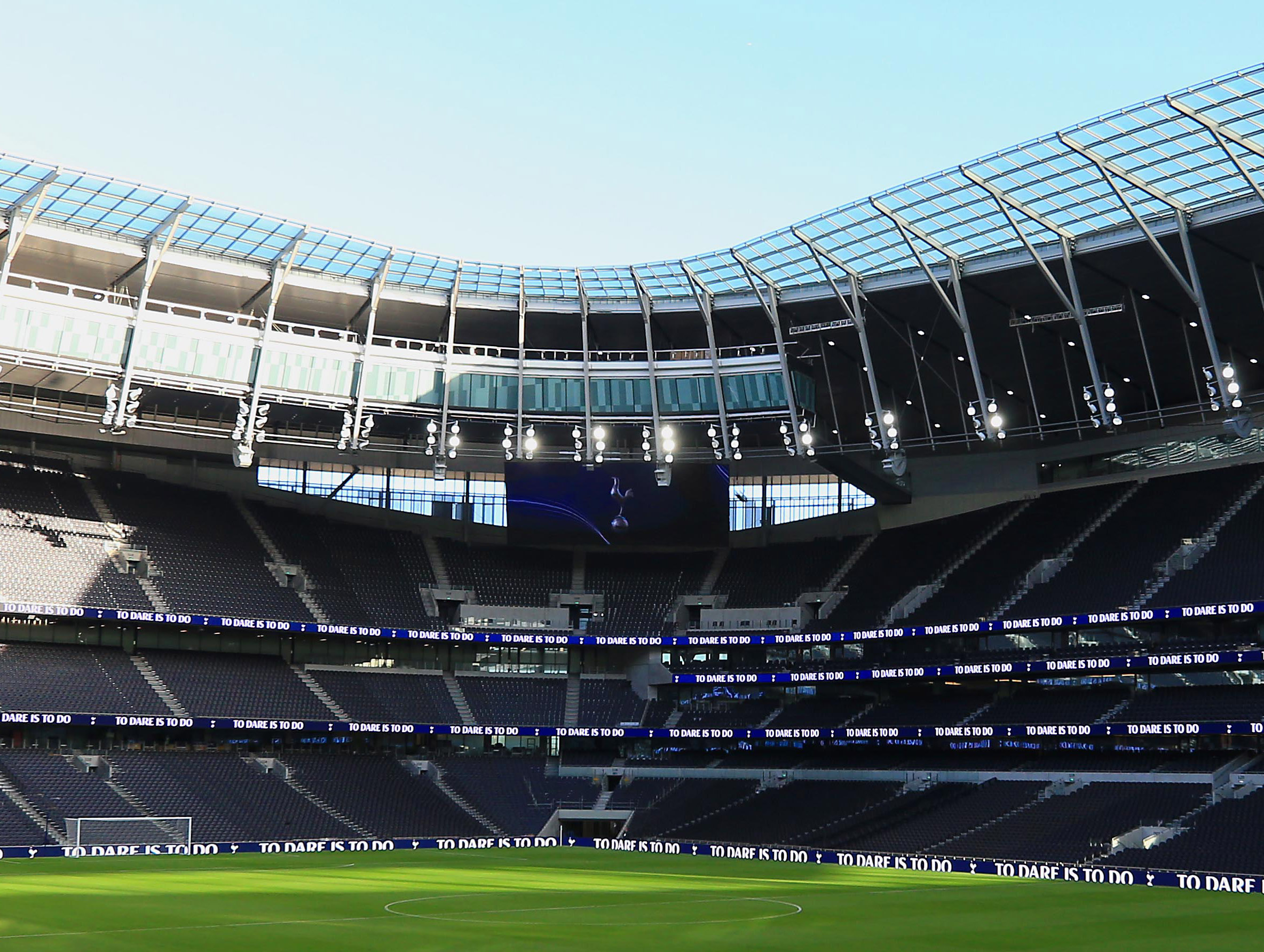 <p>LONDON,ENGLAND &#8211; DECEMBER 16:  A general view of inside the new stadium during the Tottenham Hotspur New Stadium Fan Event on December 15, 2018 in  London,United Kingdom. (Photo by Tottenham Hotspur FC/Tottenham Hotspur FC via Getty Images)</p>