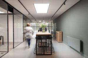 Interieurontwerp circulair en industrieel bedrijfspand – Bob Romijnders Architectuur + Interieur