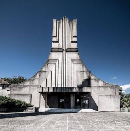 Blog – Brutalistische Kerk in Orșova, Roemenië