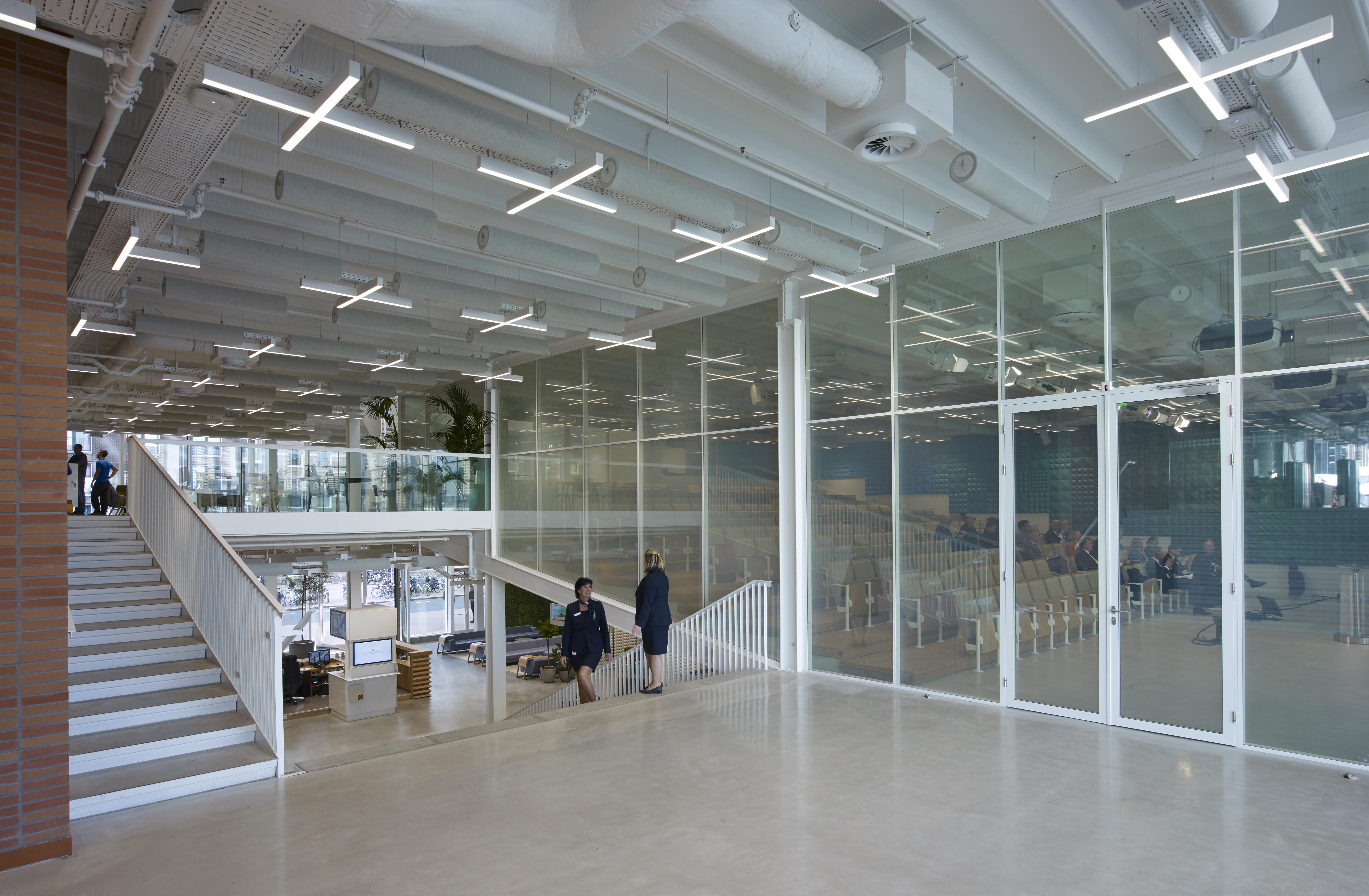 <p>KPN hoofdkantoor 1e verd &#8211; Jeroen Musch</p>