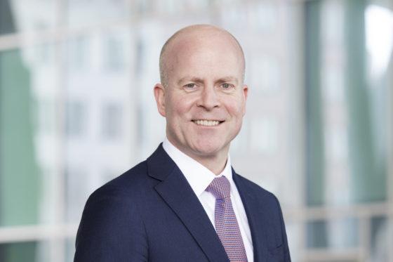Staatssecretaris Knops gaat in gesprek met OMA over contract Binnenhof