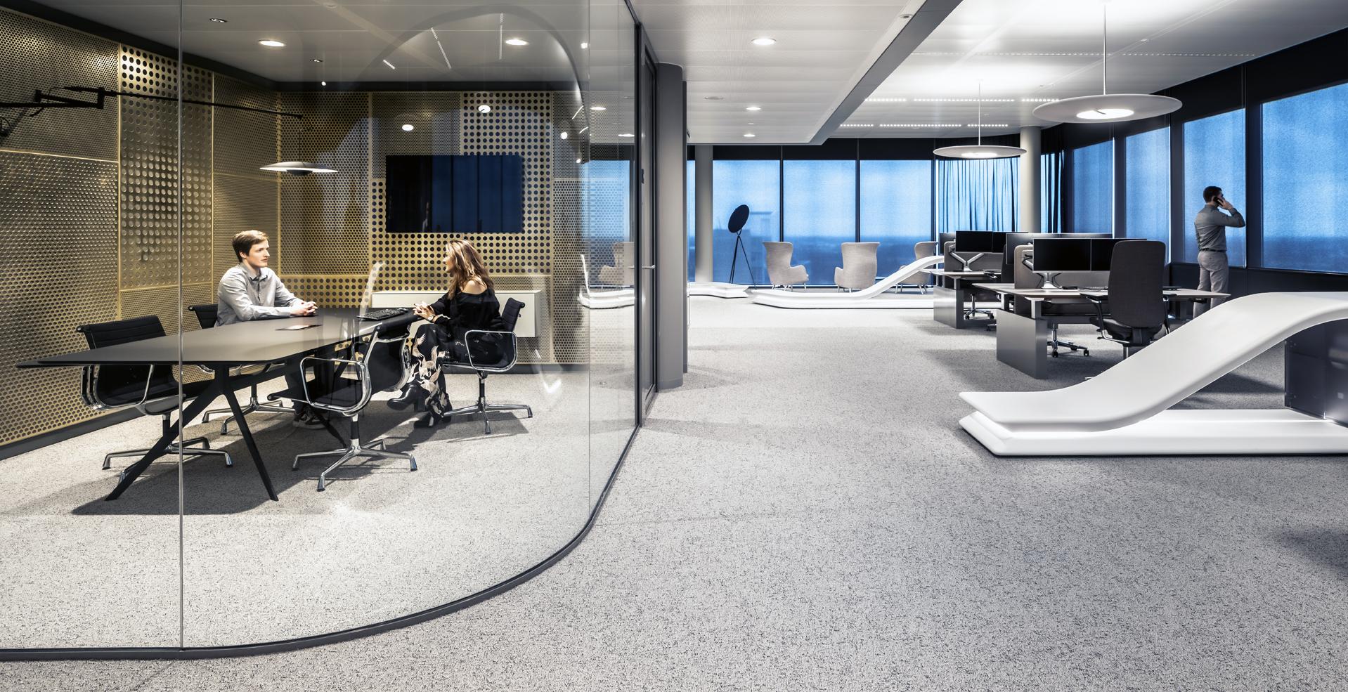 <p>Transparante suites tegen de kern. Foto Peter Baas</p>