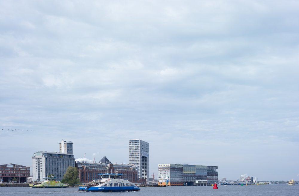 Grootschalig wonen aan het IJ – Pontsteiger in Amsterdam door Arons en Gelauff Architecten