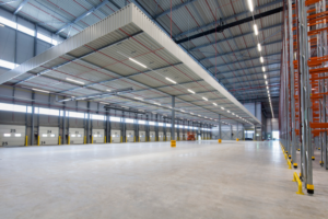 Daglicht door de gevel verbetert werkklimaat in hallen