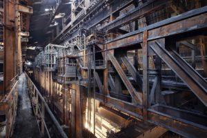 Fotograaf Jan Stel exposeert foto's van verlaten industriële gebouwen