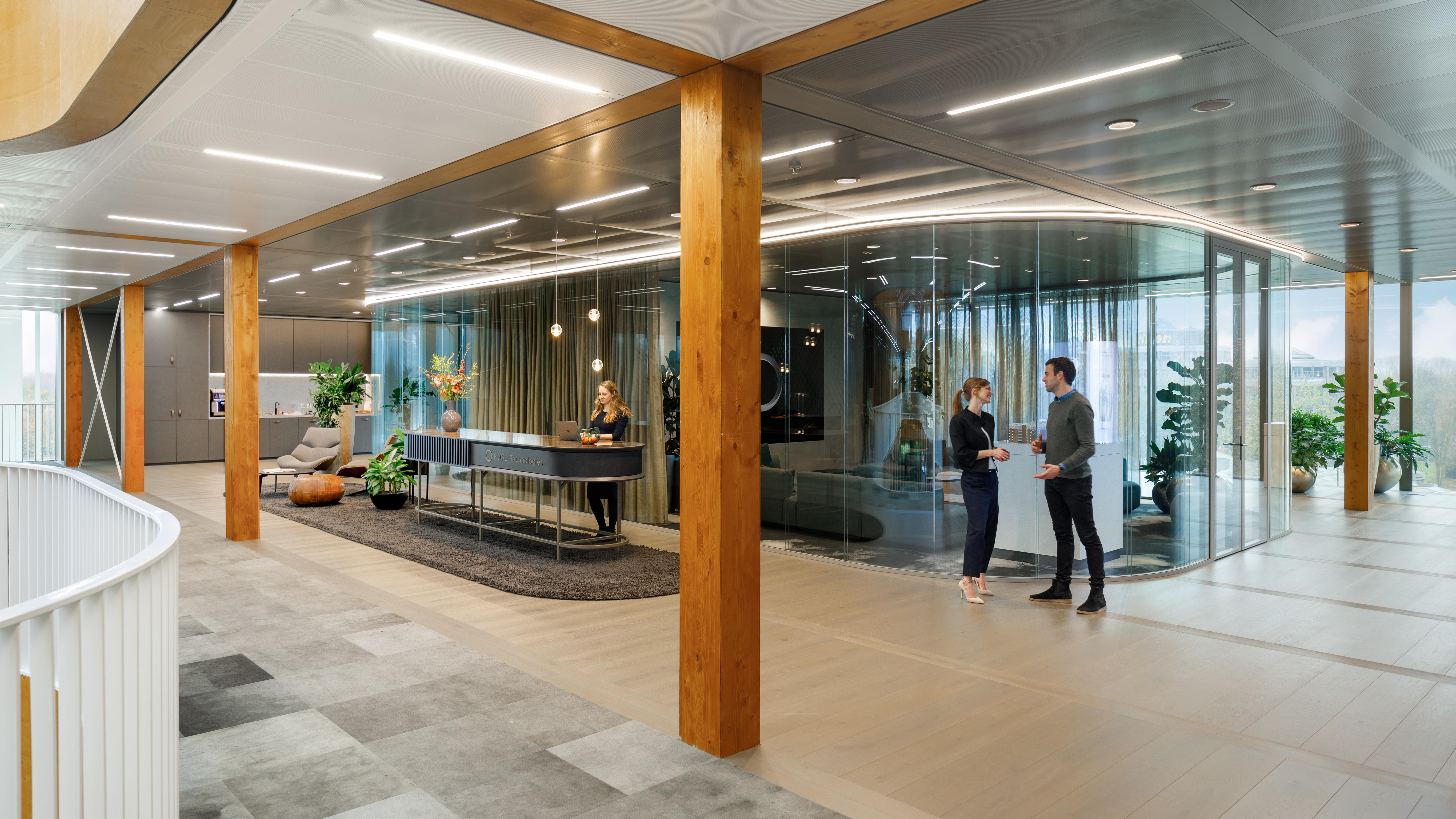 <p>Fotografie: Bram Vreugdenhil | Urban Zone | EDGE, een ontwikkelaar van een nieuwe generatie smart buildings, baseert zich op 4 pijlers: design, gezondheid, duurzaamheid, technologie.</p>
