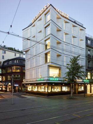 Flagship store Bucherer in Zurich door Office Winhov en