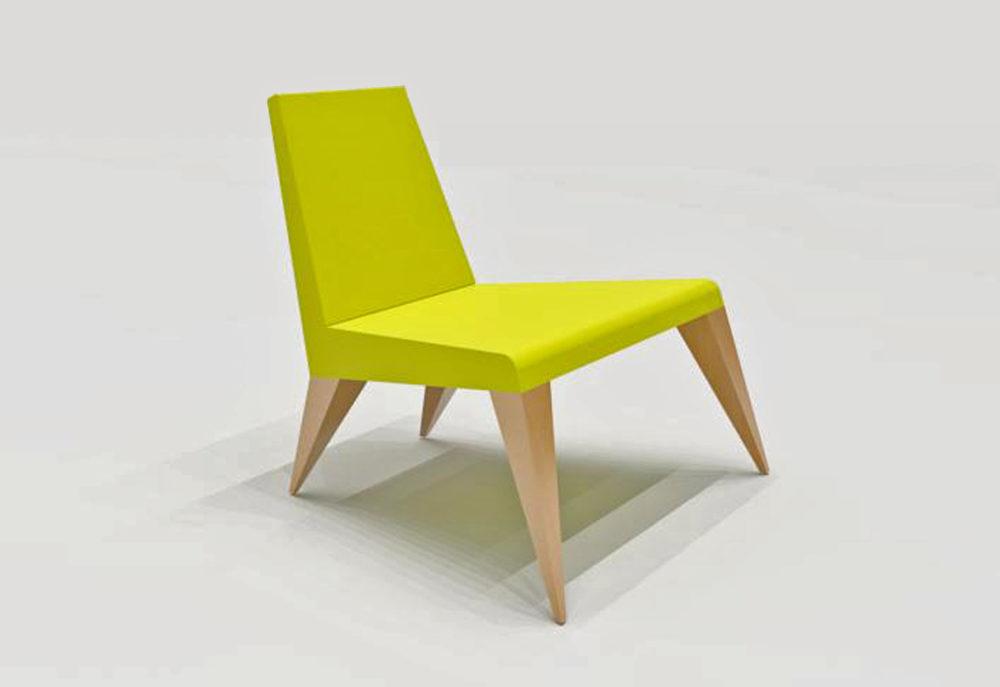 ARC19: A yellow chair – Don Hoppenbrouwer
