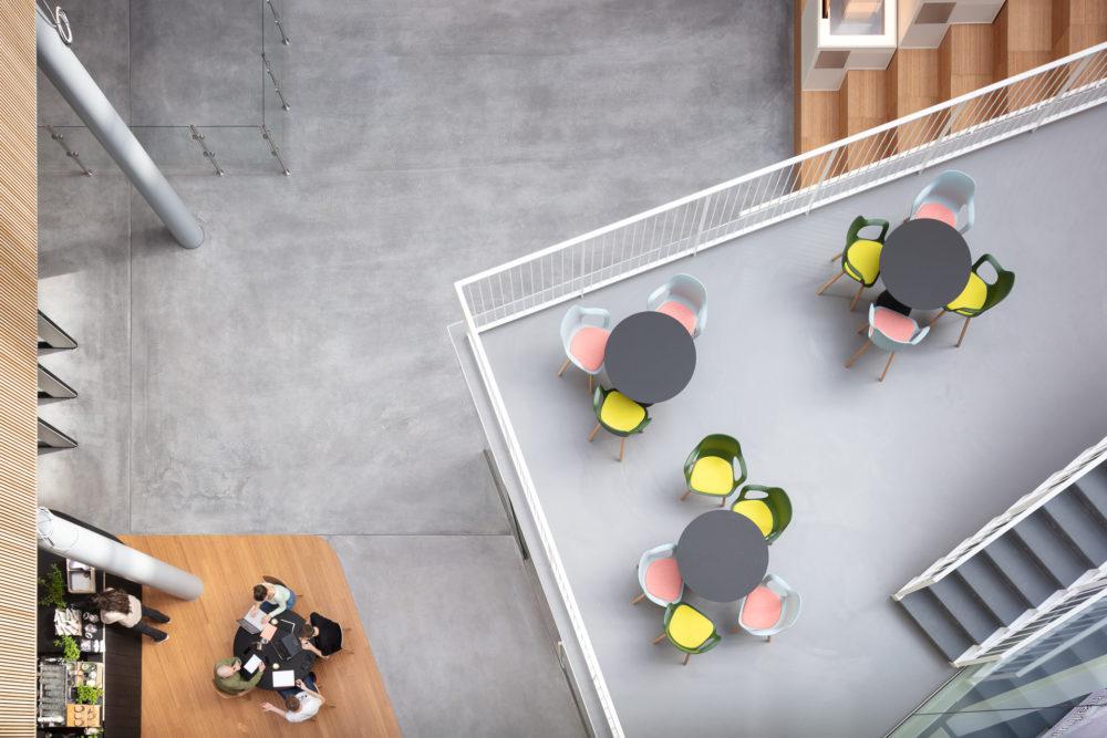 ARC19: Interieur nieuw hoofdkantoor ASICS EMEA Hoofddorp – CBRE i.s.m Powerhouse Company