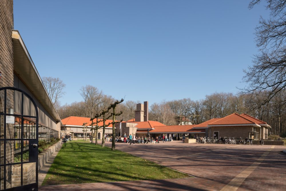 ARC19: Centrumgebouw woonpark 's Heeren Loo Ermelo – De Nijl Architecten