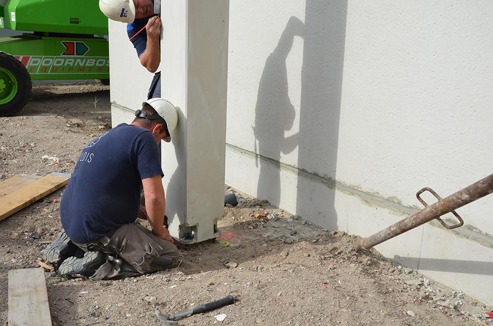 <p>Samen met de bouwer, constructeur, betonleverancier Bestcon en Peikko zijn demontabele verbindingen bedacht</p>