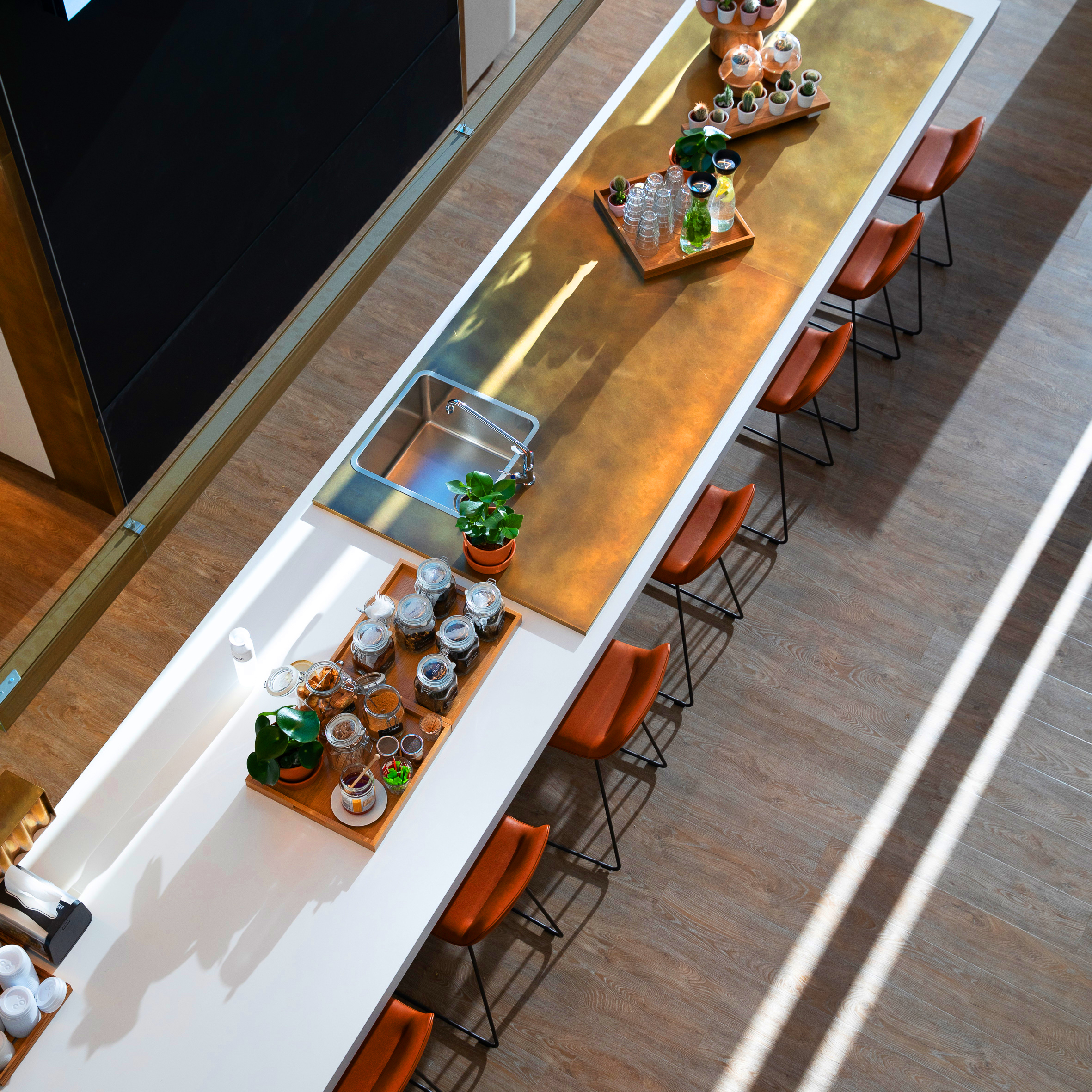 <p>Cafe- foto Michael van Oosten</p>