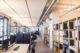 Moderne en duurzame elementen zoals de co2 neutrale marmoleum vloer van forbo flooring kenmerken het karakter van nieuwe kantoor frencken scholl 80x53