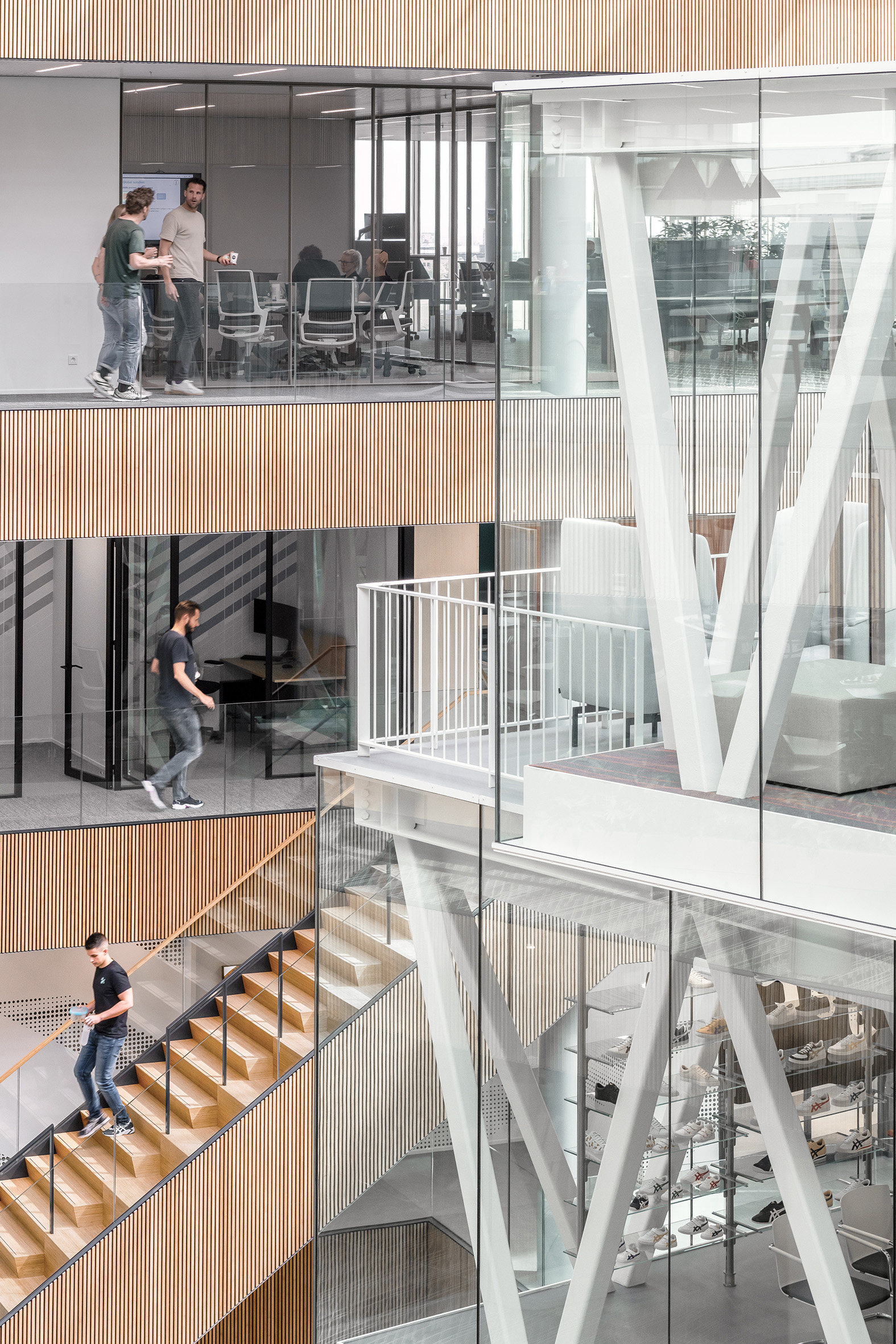 <p>Powerhouse Company ASICS: trappen. Beeld Sebastian van Damme</p>