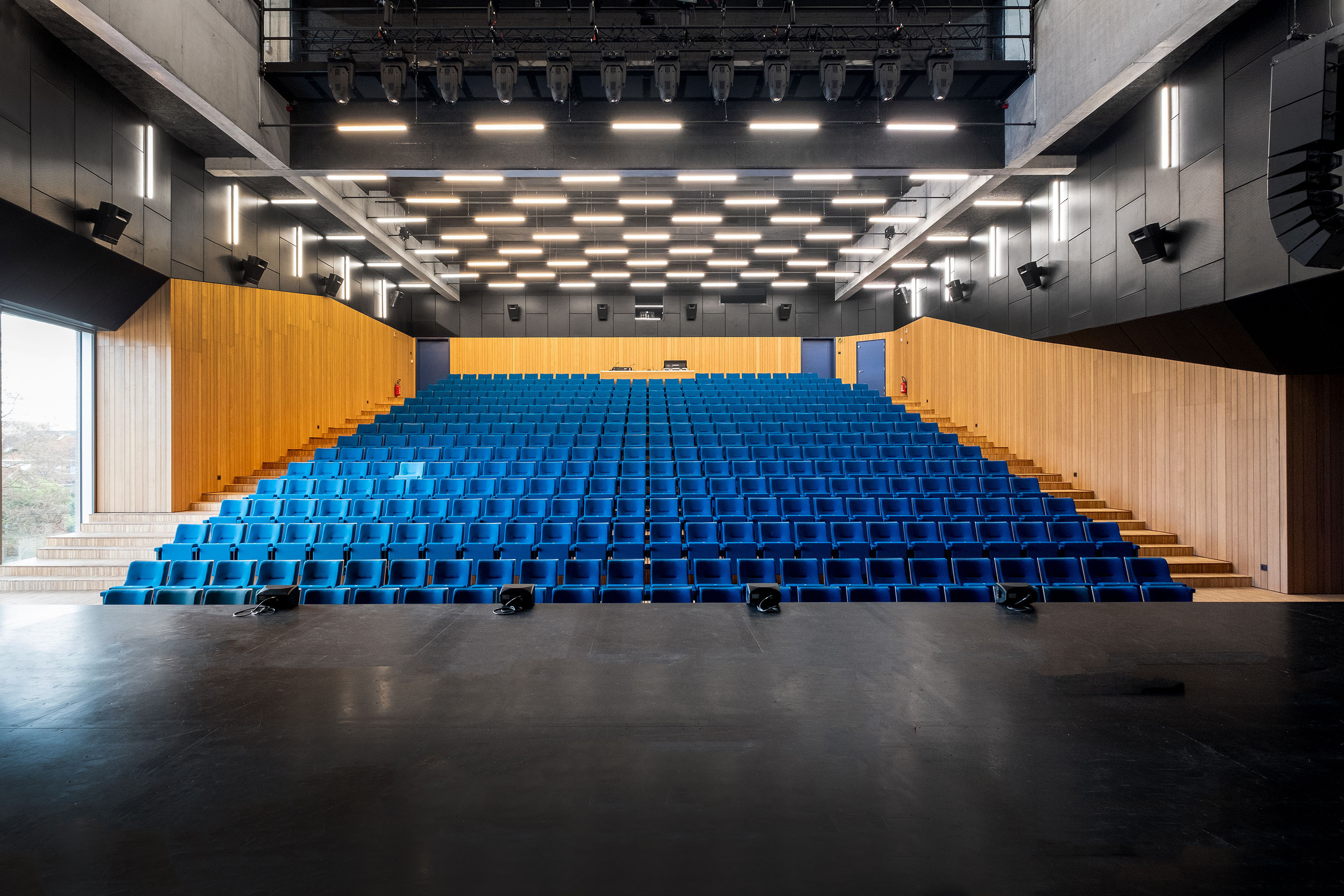 <p>Theaterzaal, foto: Nick Cannaerts</p>