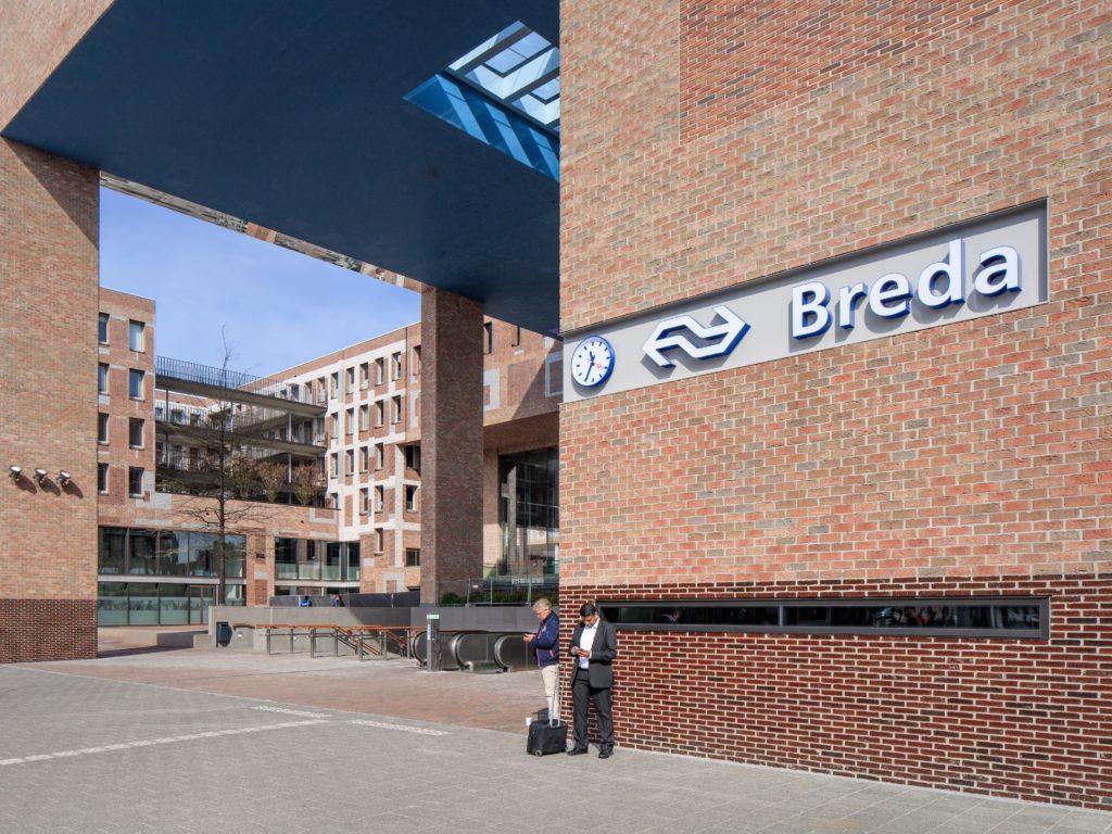 Station Breda door Koen van Velsen architecten. Beeld Shutterstock