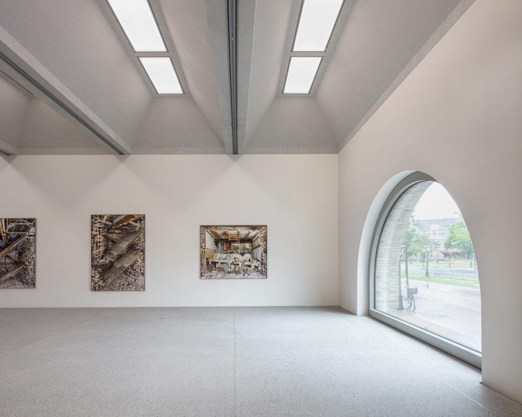 Museum De Lakenhal Leiden door Happel Cornelisse Verhoeven en Julian Harrap Architects. Beeld Karin Borghouts