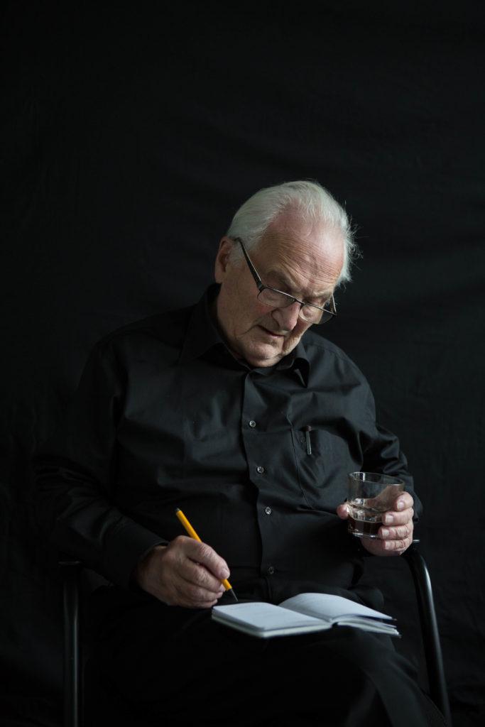 Herman Hertzberger ontvangt ARC19 Oeuvre Award. Beeld Miriam Guttmann