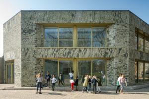 Lieven de Key Penning naar Basisschool De Molenwiek in Haarlem door korth tielens architecten