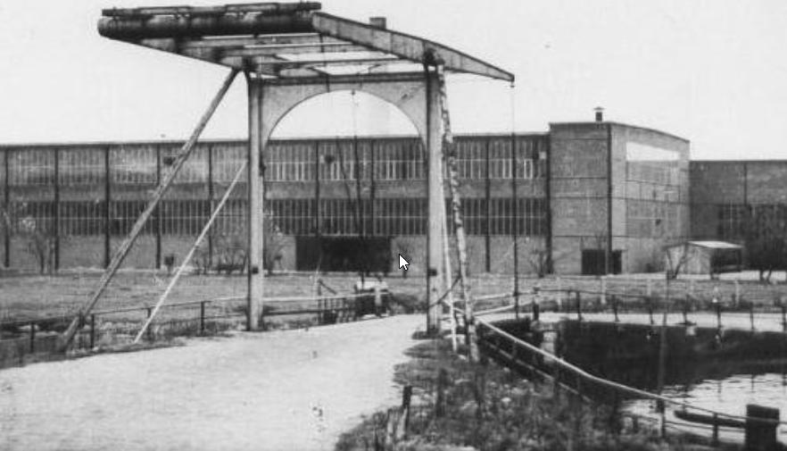 <p>Historische foto Kabelfabriek Delft</p>
