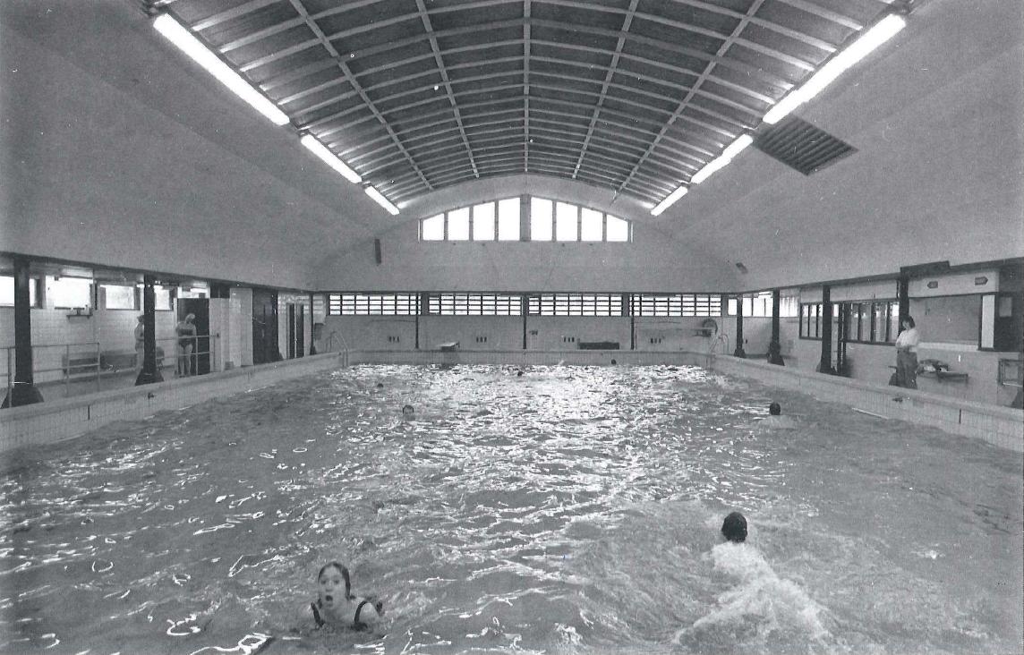 <p>Historische foto Spaardersbad vóór renovatie</p>