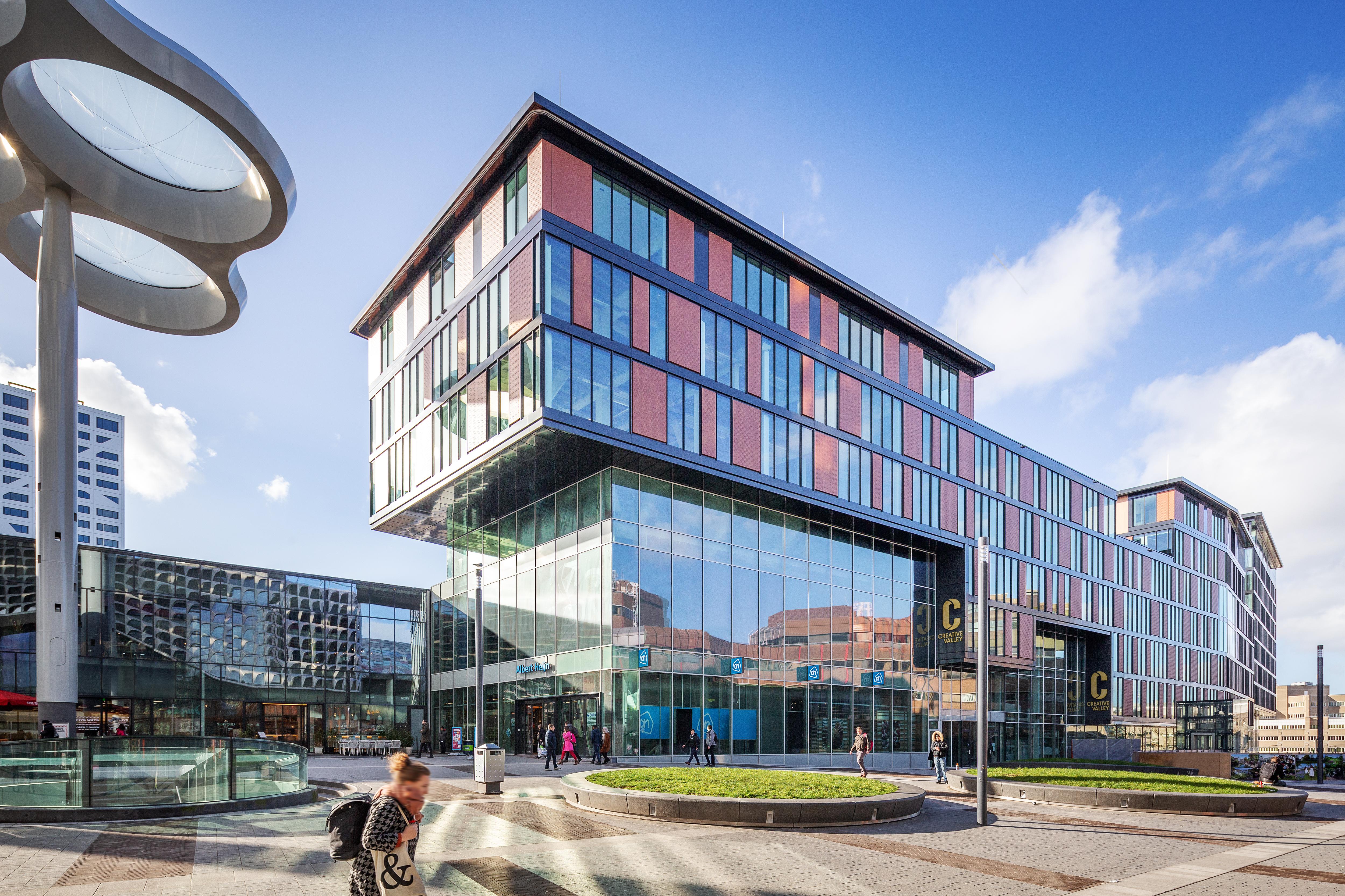 <p>Creative Valley Utrecht Centraal door VOID interieurarchitectuur i.s.m. MONK Architecten. Beeld Laurens Kuipers</p>