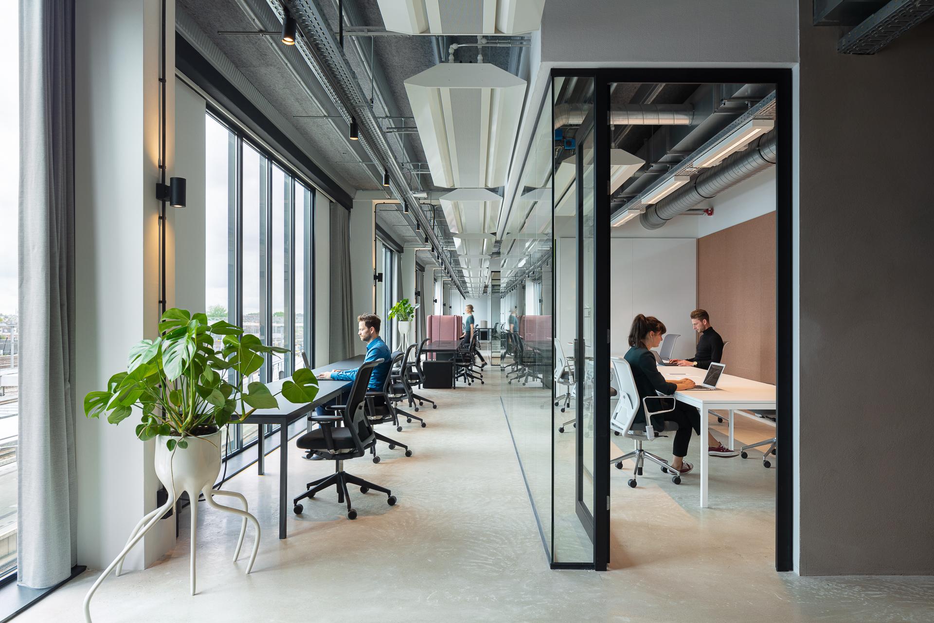 <p>Creative Valley Utrecht Centraal door VOID interieurarchitectuur i.s.m. MONK Architecten. Beeld Stijn Poelstra </p>