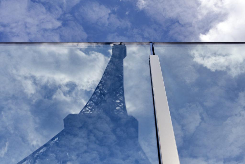 Parijs verbeterde beveiliging rond Eiffeltoren door Dietmar Feichtinger Architects. Beeld David Boureau