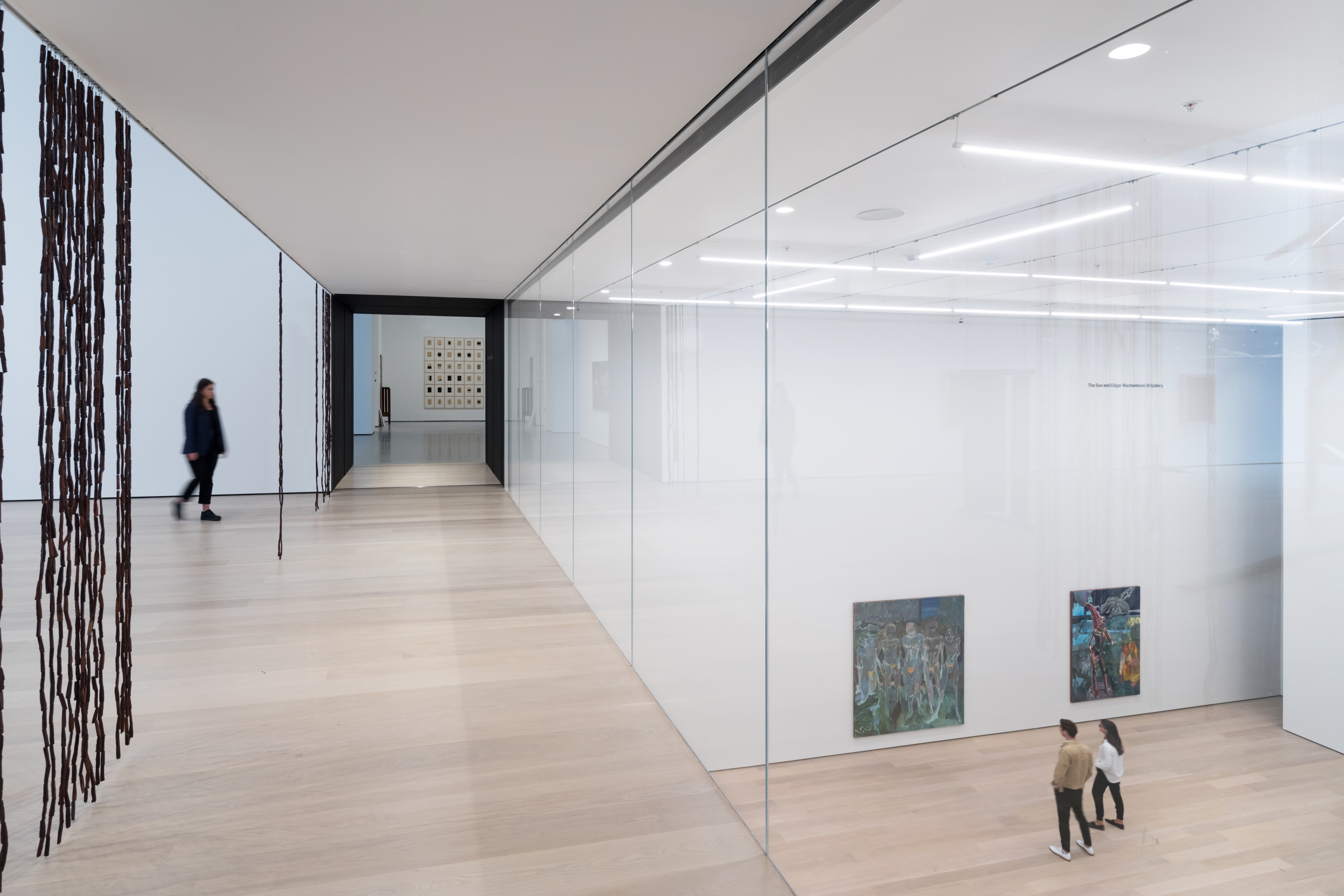 <p>MoMa Fase 2. Installation view of Daylit gallery 212, Sheela Gowda's of all people, overlooking Projects Gallery, featuring Projects 110: Michael Armitage, The Museum of Modern Art Beeld Iwan Baan. Courtesey of MoMa</p>