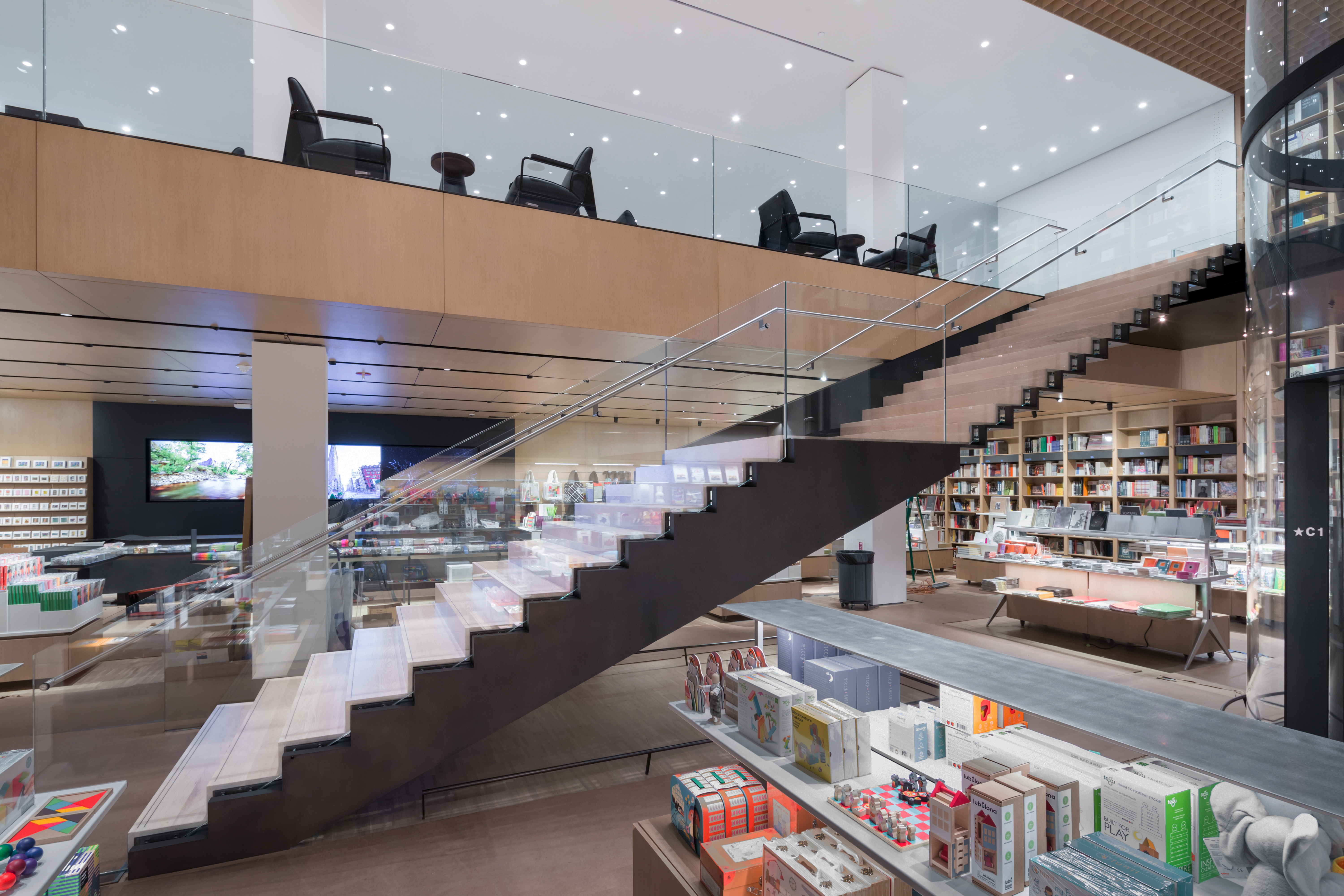 <p>MoMa Fase 2. Interior view of The Museum of Modern Art, Retail Stair Beeld Iwan Baan. Courtesey of MoMa</p>