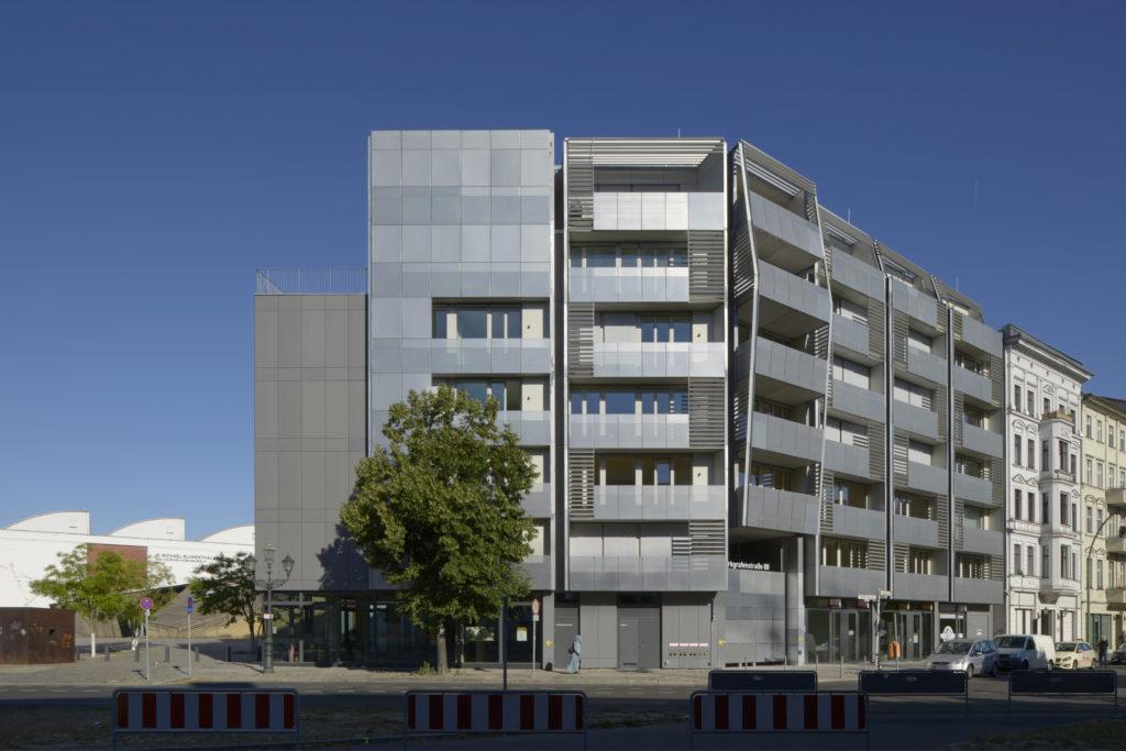 Het Metropolenhaus door BFStudio-Architekten Beeld Rainer Gollmer