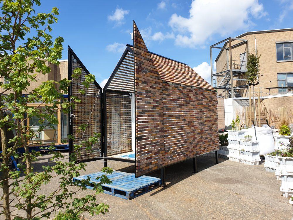 ARC19: Floating Bricks House – ROFFAA
