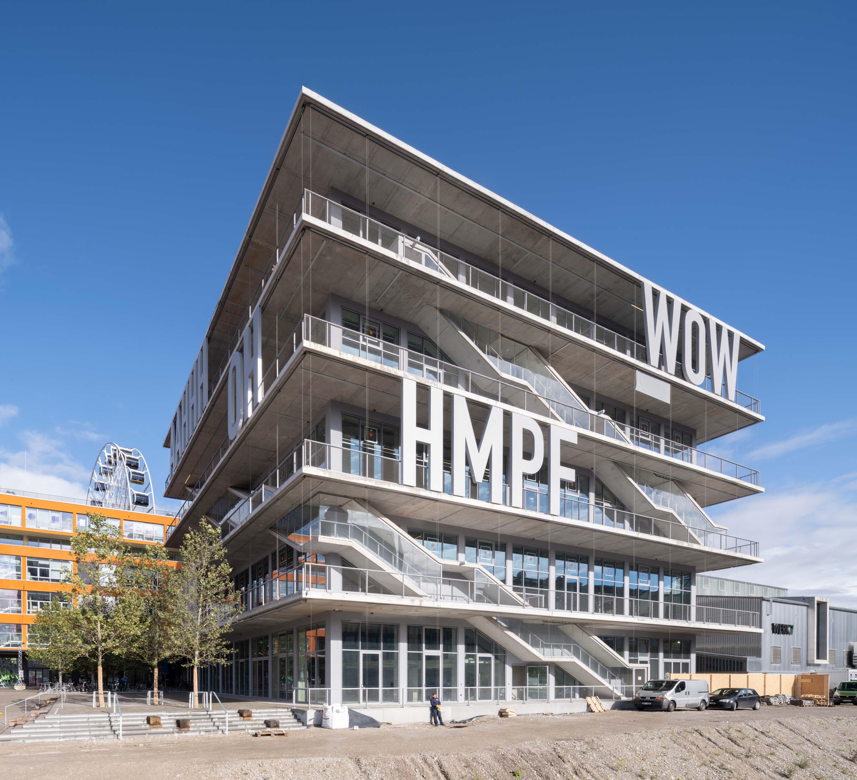 <p>WERK12 past in een reeks reviltalisaties van industrieterreinen die MVRDV deed in Nederland, Denemarken en Duitsland</p> <p>beeld: Ossip van Duivenbode</p>
