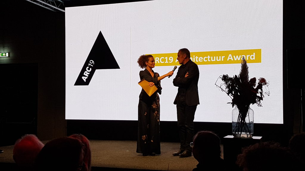 Juryvoorzitter ARC19 Architectuur Jan Benthem in gesprek met Hadassah de Boer