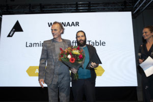 Laminated coffee table door Studio Jeroen Wand wint ARC19 Meubel Award