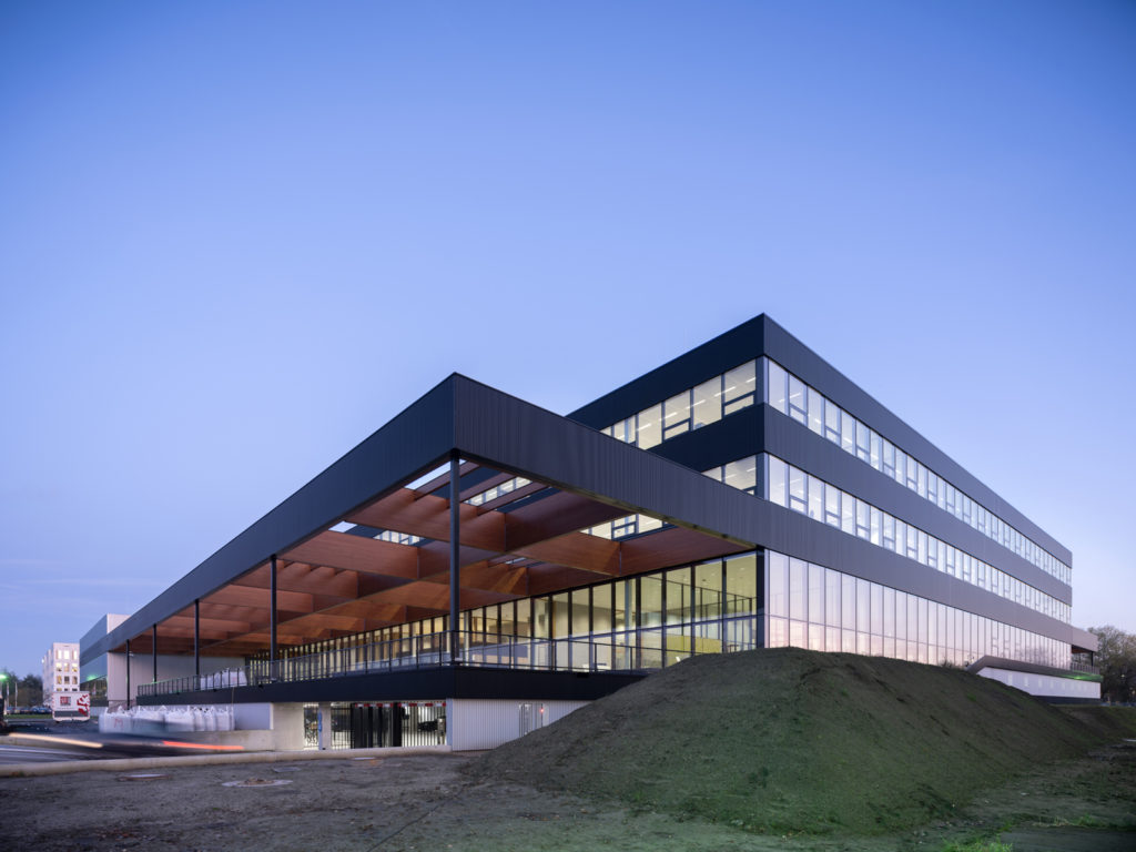 Unilever Foods Innovation Centre Wageningen door Paul de Ruiter Architects en Fokkema & Partners. beeld Ossip van Duivenbode
