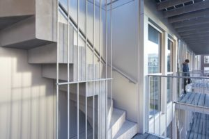 Verticale ritmiek – Vertical Lofts in Amsterdam door Studio Prototype