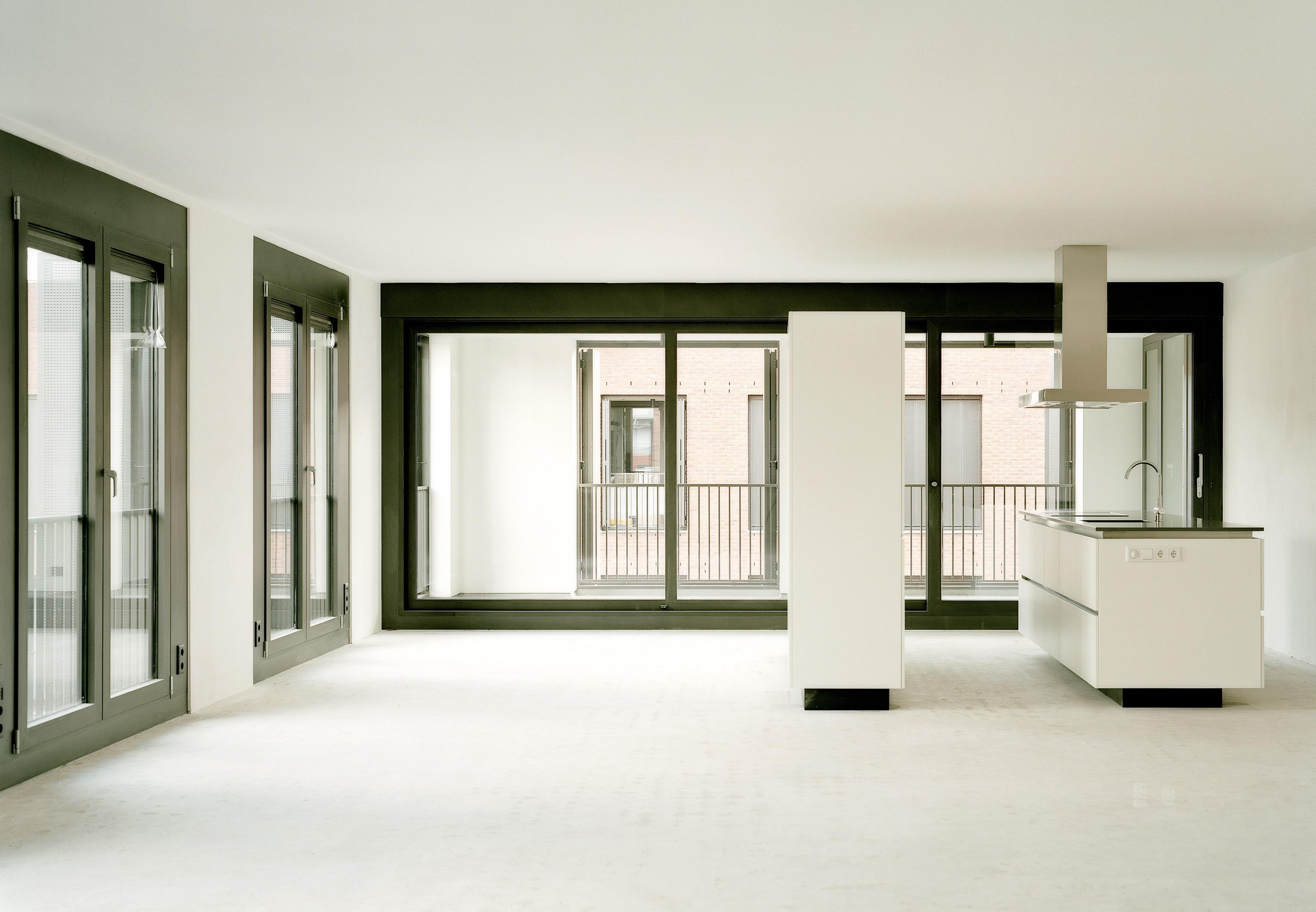 <p>Piazza Céramique, woningen met twee entrees, ontwerp Jo Janssen Architecten</p>