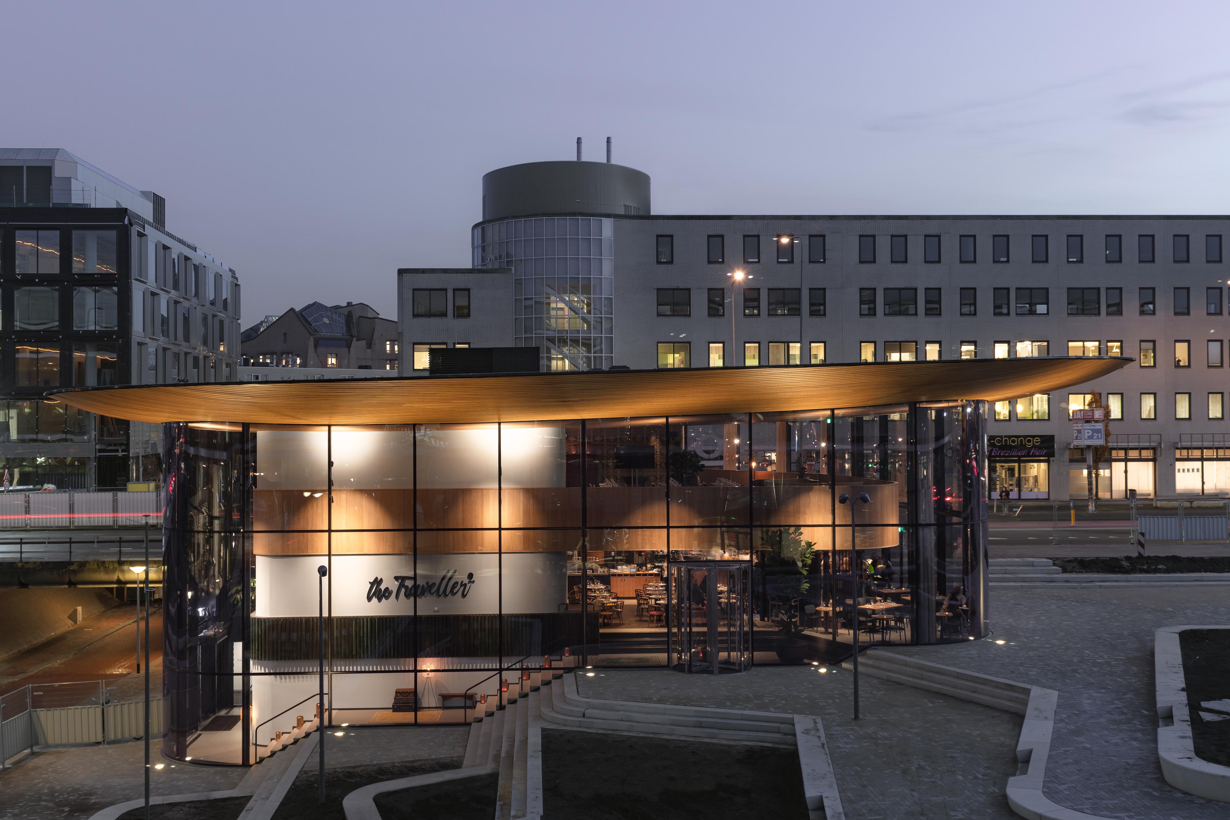 <p>The Traveller in Amsterdam door Powerhouse Company. beeld Sebastian van Damme</p>